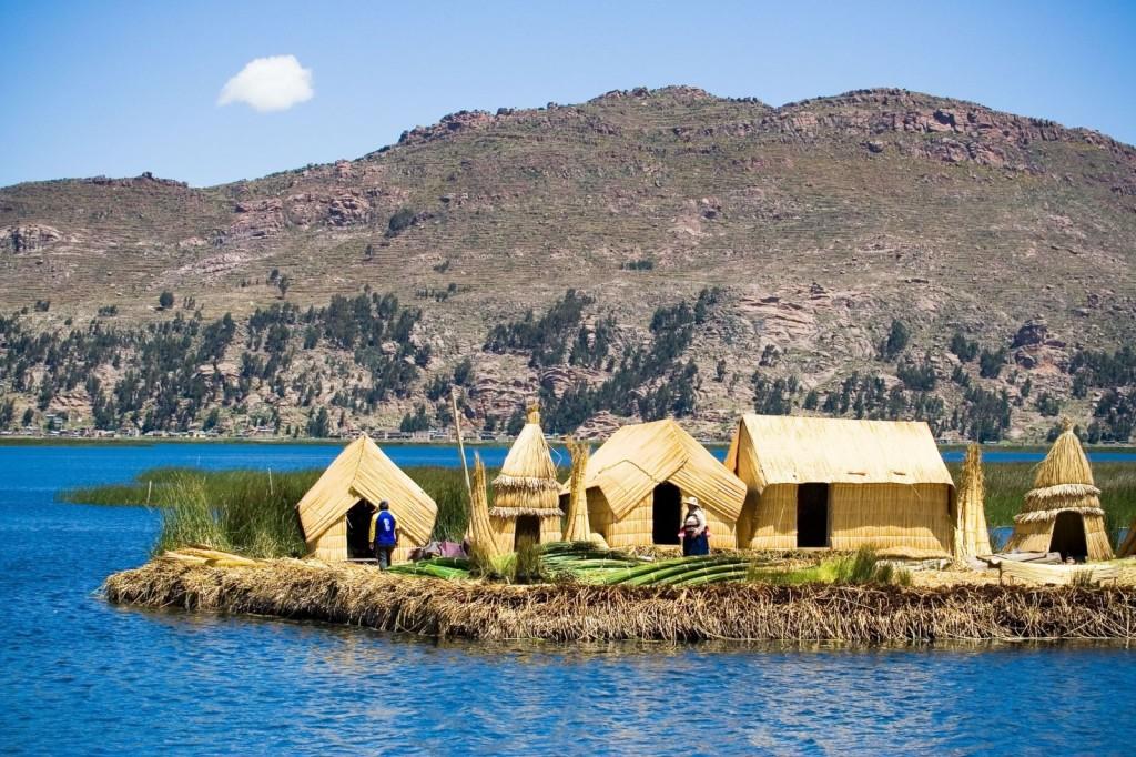 Titicaca úszó szigetek